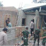 Diterjang Angin Puting Beliung,  Rumah Warga di Lombok Tengah Roboh