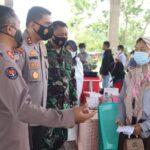 Polda Banten dan Akabri 99 Banten Vaksin 730 Santri di Baros